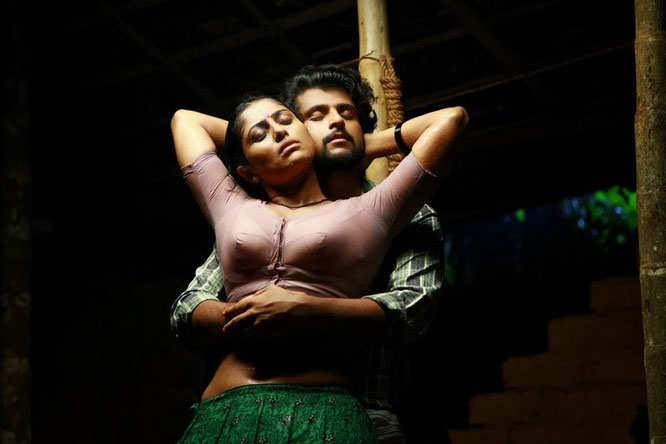 malayalam-movie-boobs-roni-glory-hole