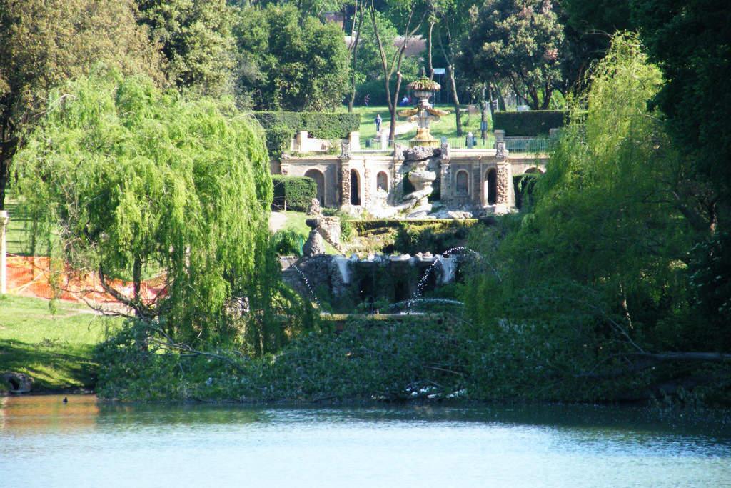 Picnic in Villa Pamphili