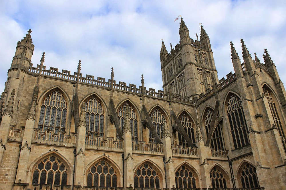 Discover the majestic Bath Abbey