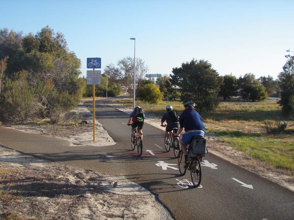 Cycle around the city