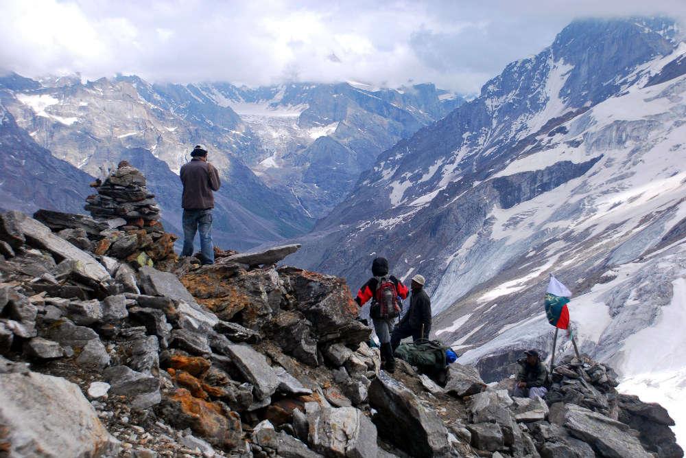 Trek to Hagshu Pass