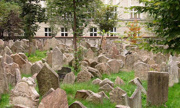 Jewish Museum and Cemetery
