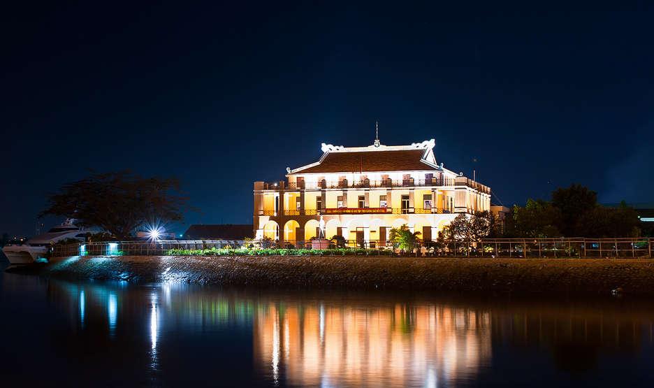 Ben Nha Rong (Dragon House Wharf)
