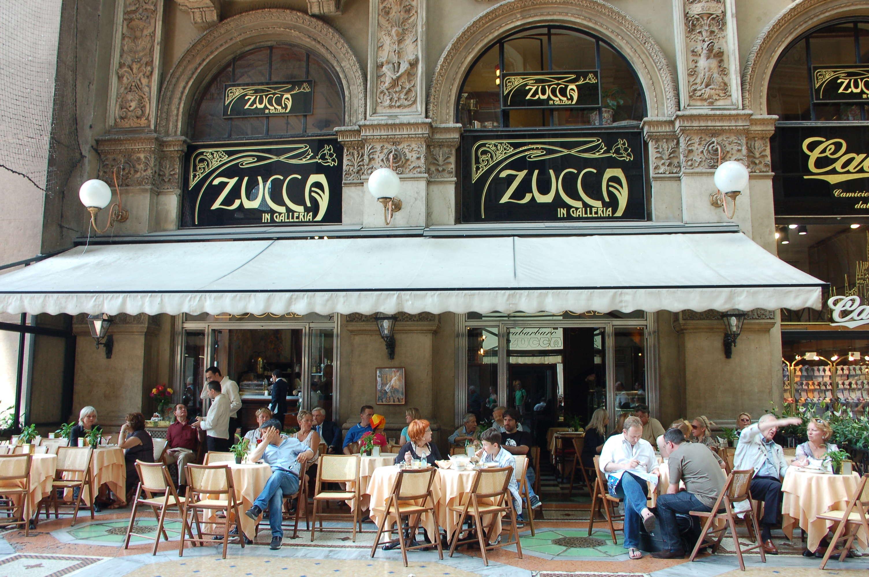 Zucca in Galleria