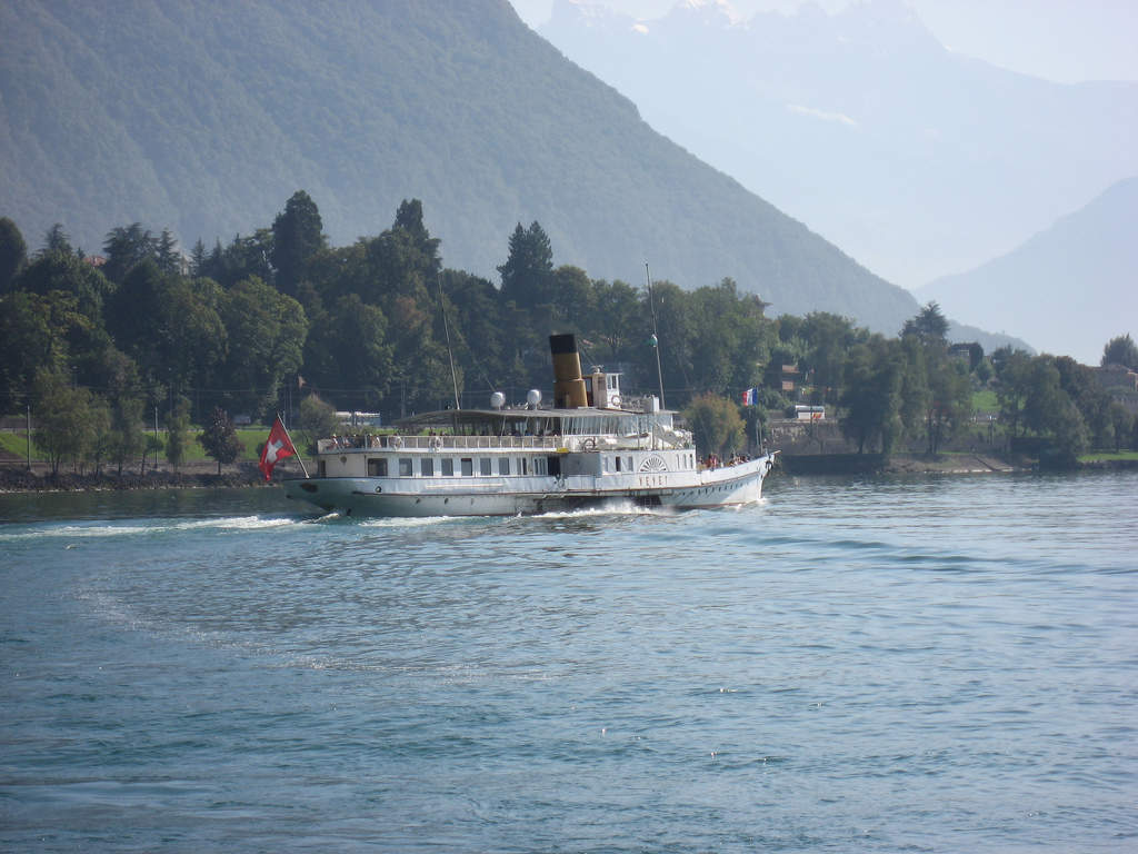 Cruising Lake Geneva