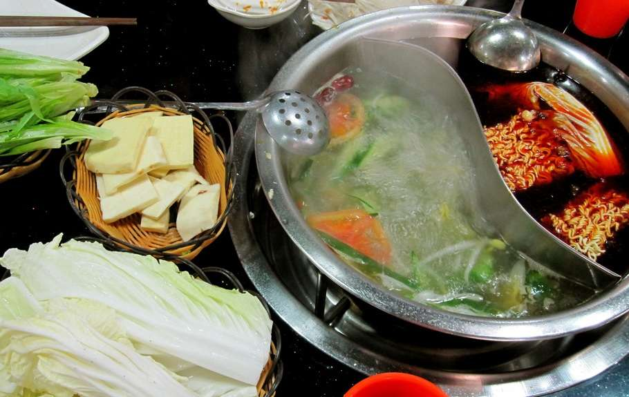 Fatty Cow Seafood Hotpot