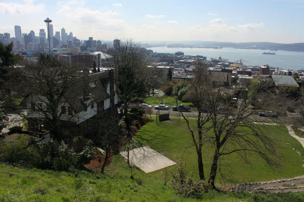 Exploring the great outdoors in and around Seattle