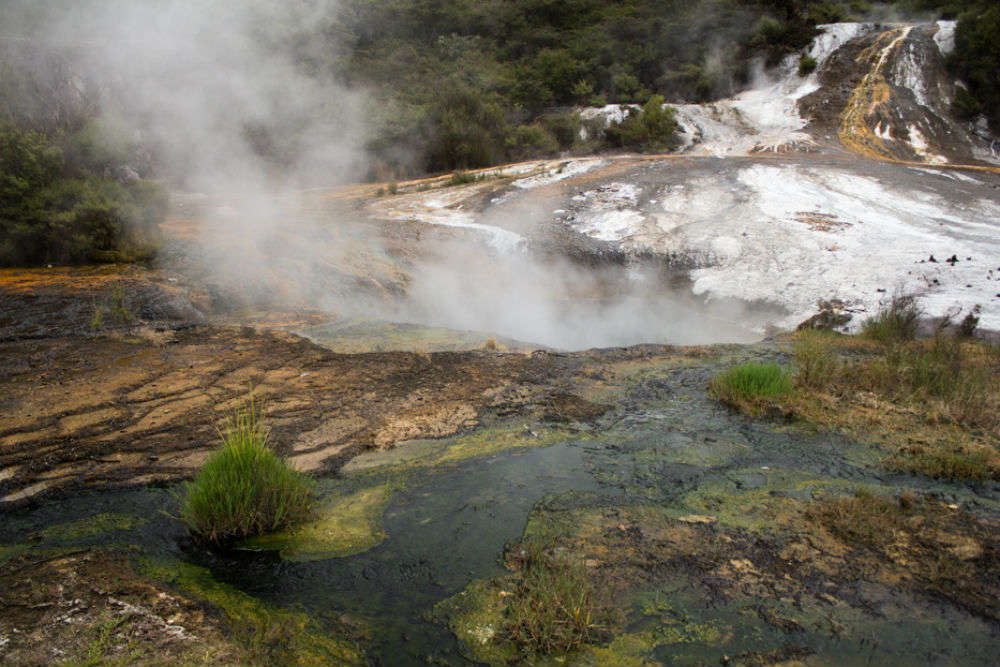 Top 6 natural hot spring locations in North Island