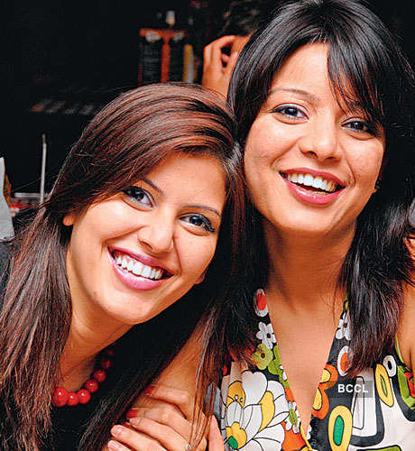 zara friendship club mumbai maharashtra