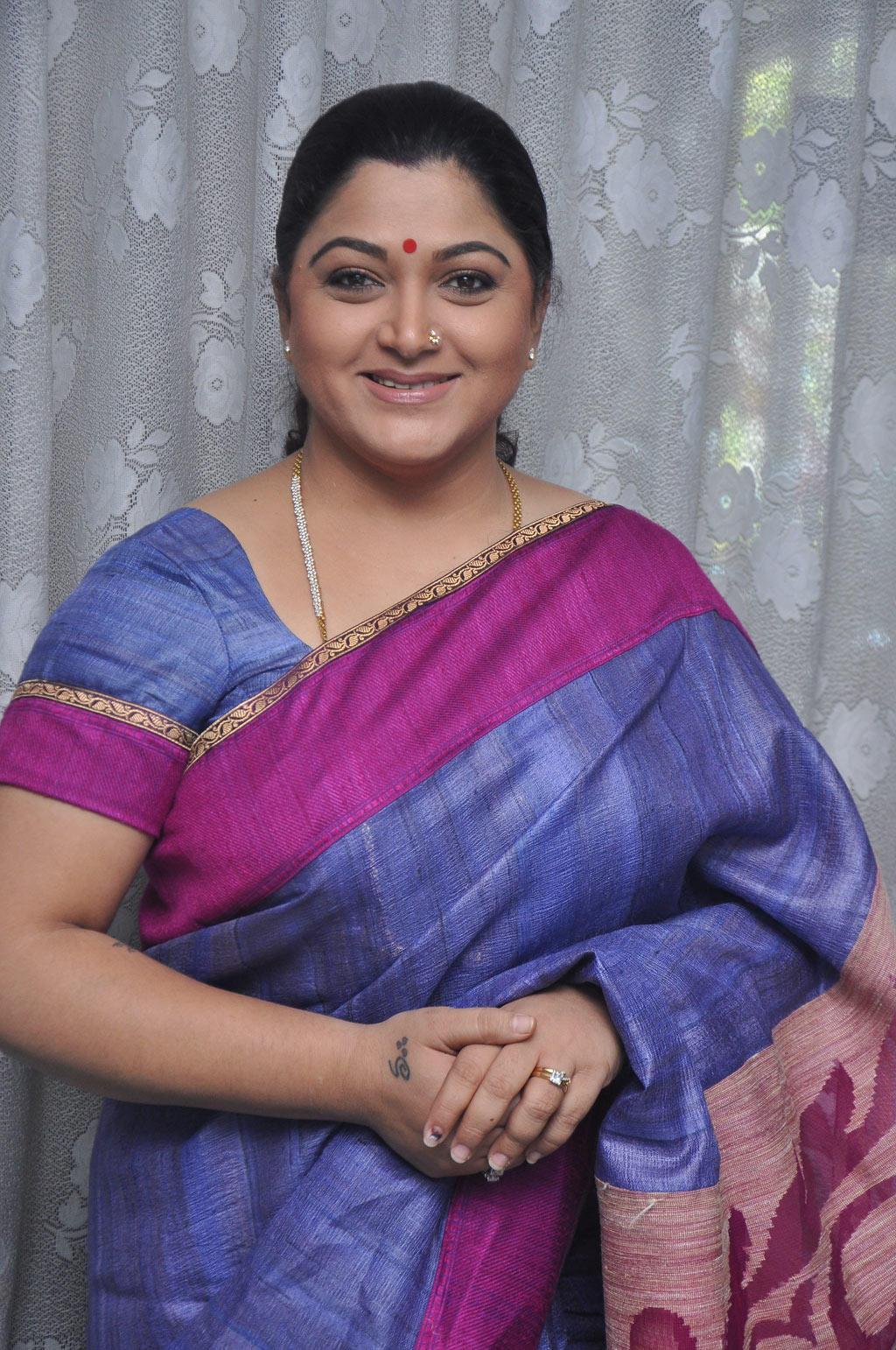 Kushboo Tamil Hot Pretty kushbhoo was supposed to play malshri's role in ramachaari
