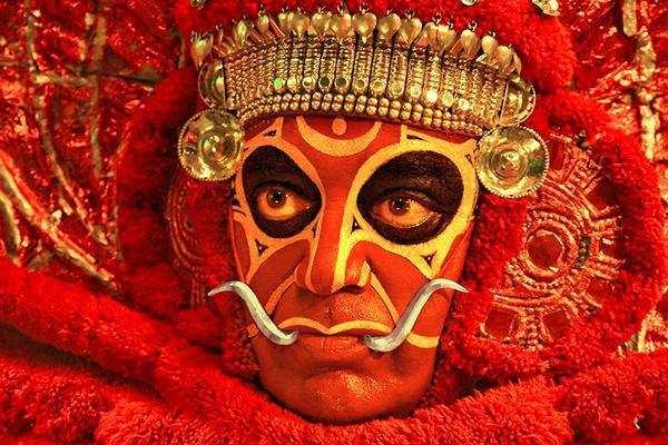 uttama villain  review  critic review  uttama villain  times  india