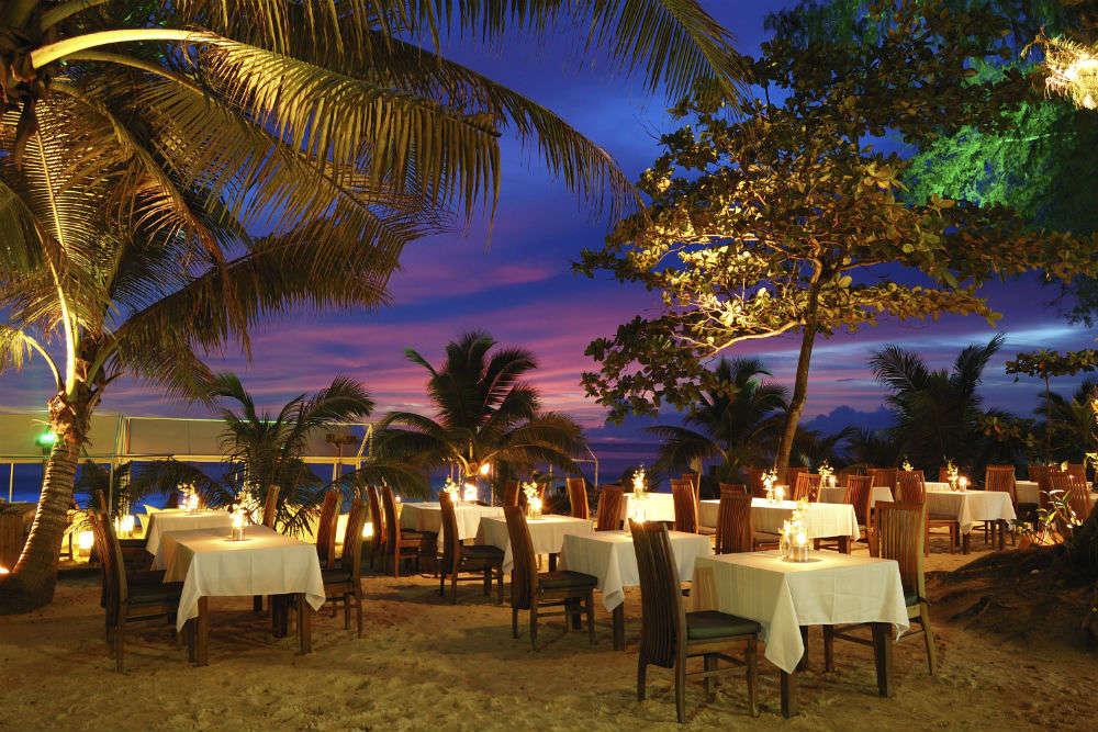 Phuket restaurants and cafes serving healthy vegetarian food