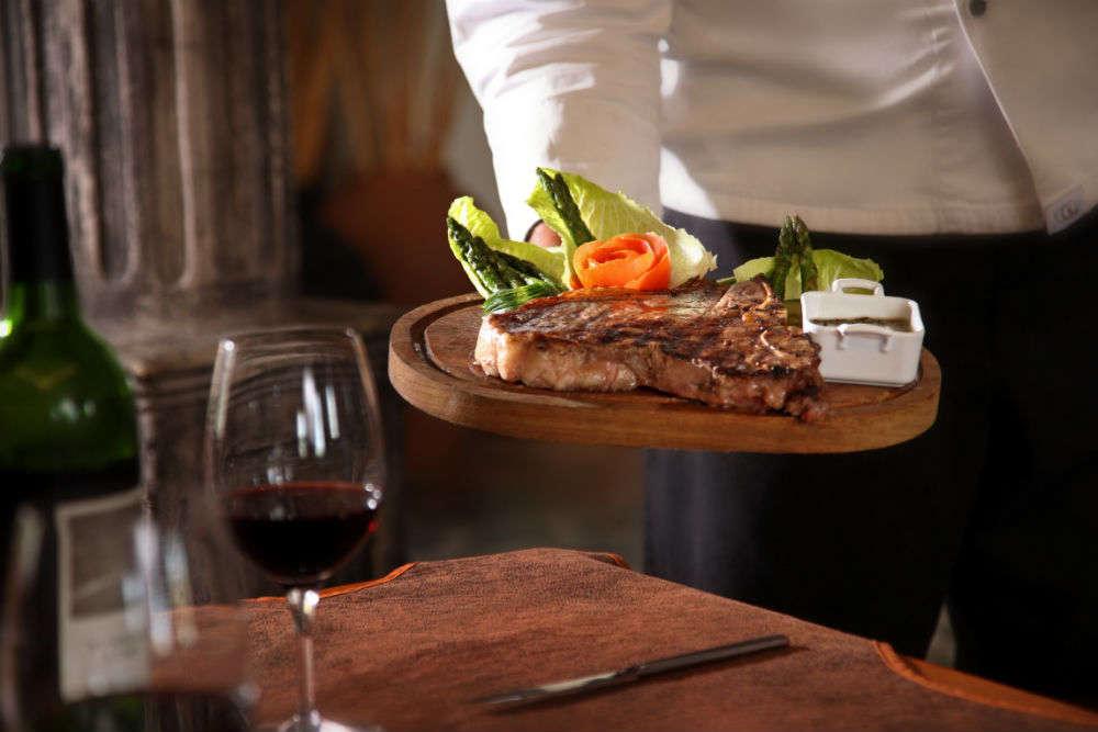 Top 5 fine dining restaurants in Noida