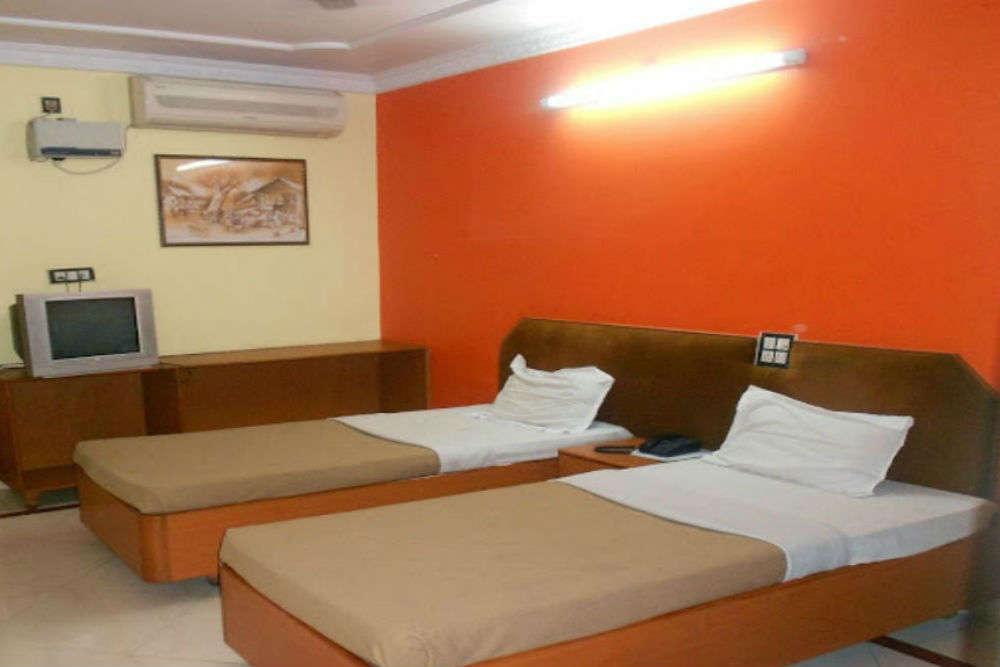 Gayatri Resiidency Hotel