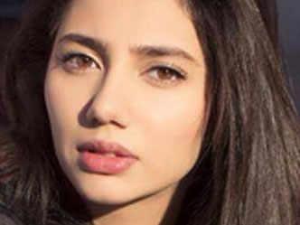 Mahira Khan gets jittery over a love-making scene with Nawazuddin Siddiqui