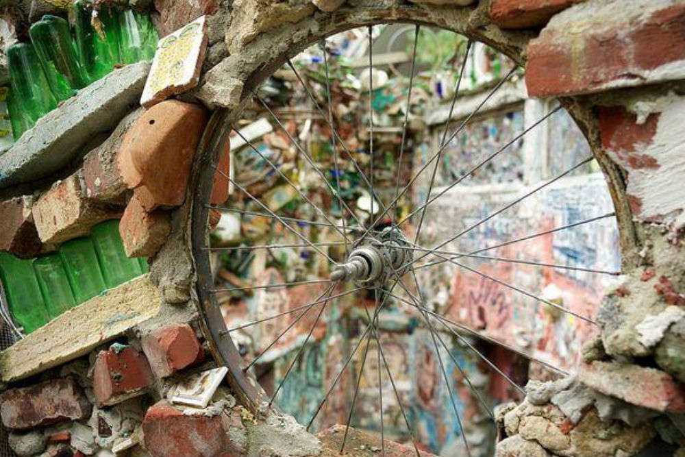 The Magic Gardens vs the Rodin Museum