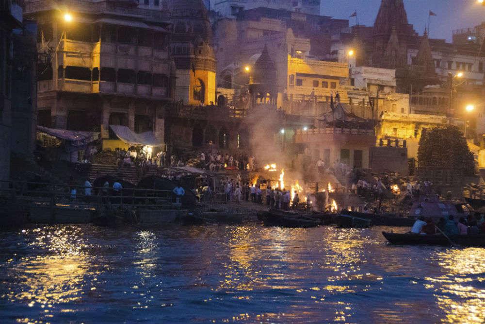How to reach Varanasi