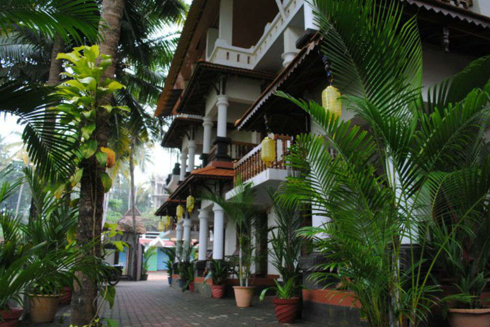 The best mid-budget hotels in Varkala
