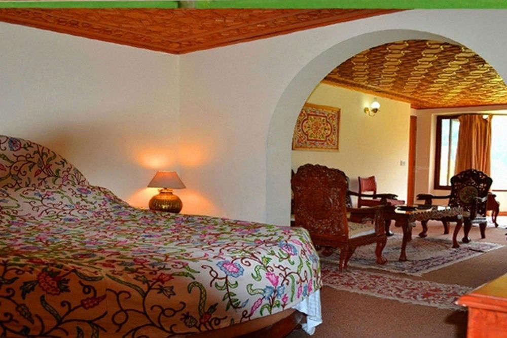 Pahalgam's luxury beds