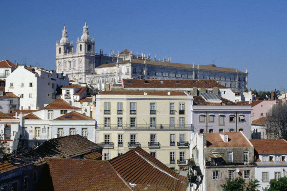 Drinking, jiving and admiring pretty women: some of the things I did in Lisbon