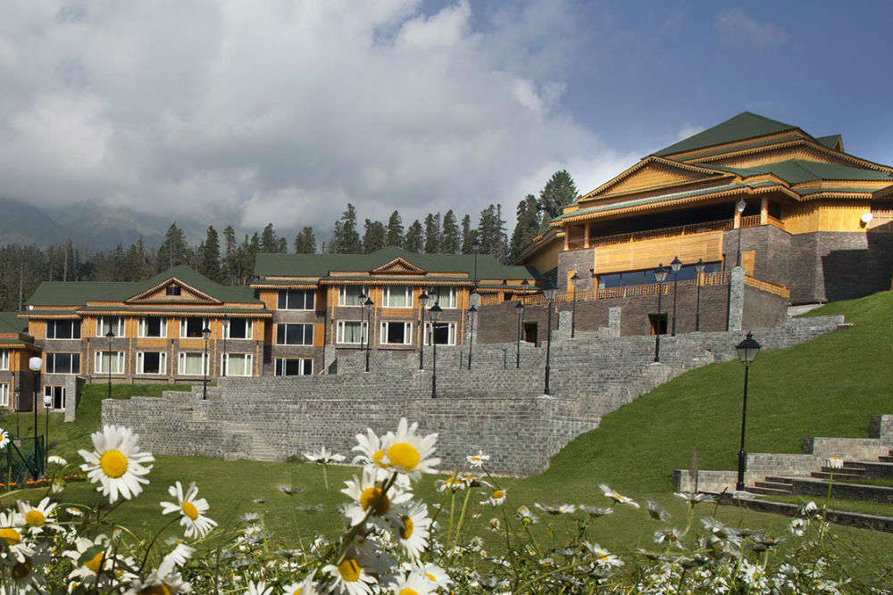 11 places for the perfect sleep in Gulmarg: an exhaustive hotel guide