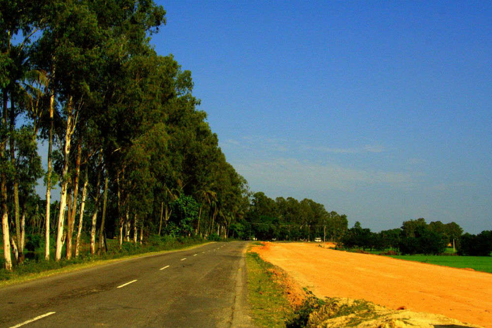 Drive along the Guwahati-Sonapur Road
