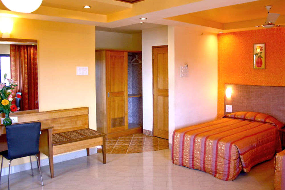 Drop your bags in these mid-budget hotels in Goa