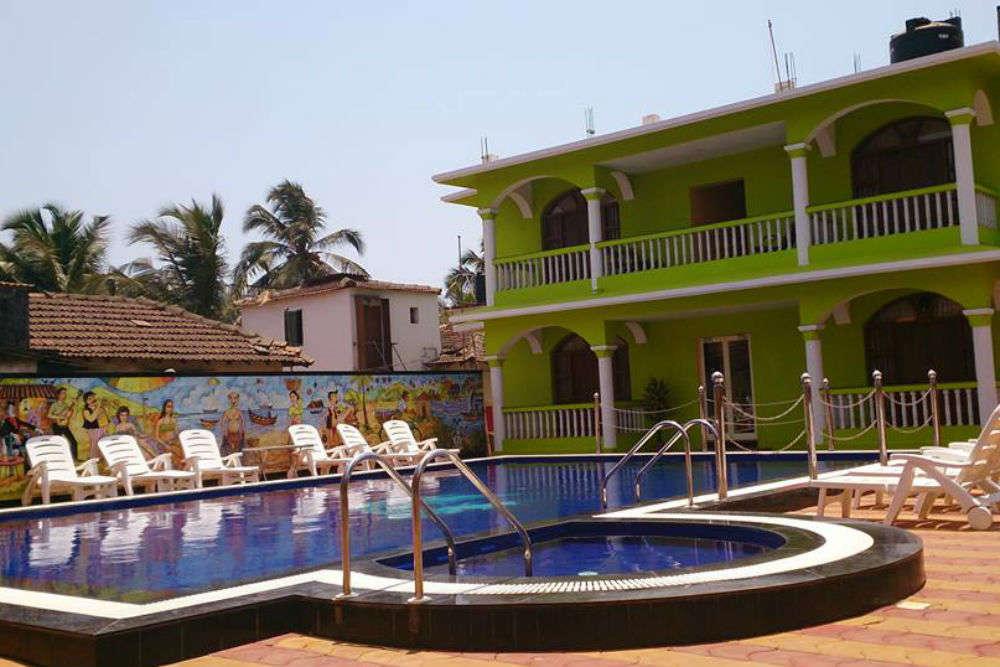 Larios Beach Holiday Resort