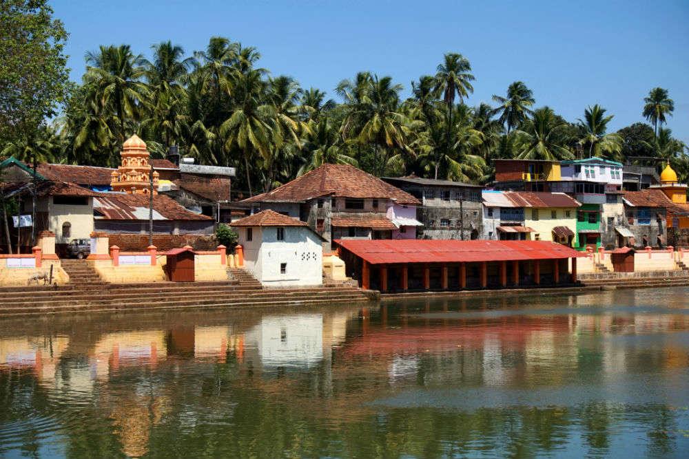 Exploring the temples of Gokarna