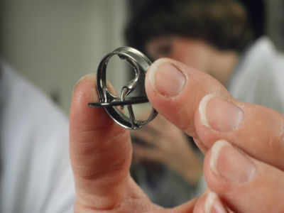 Heart Valve Implant Without Open Surgery