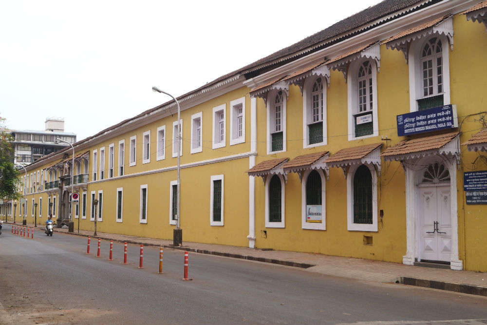 Institute Menezes Braganza