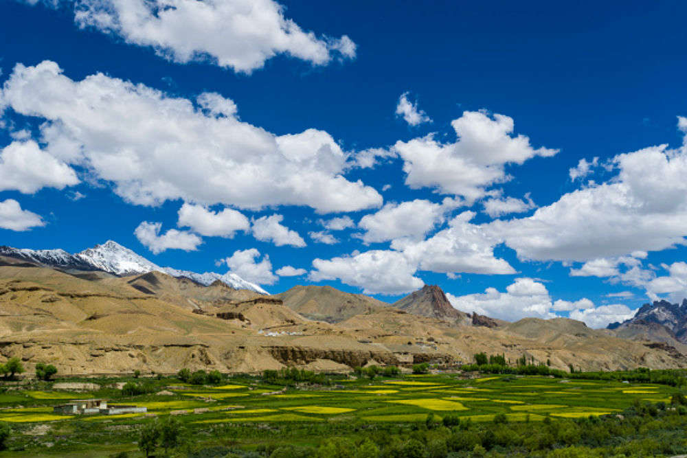 Your comprehensive guide to the Srinagar-Leh road trip