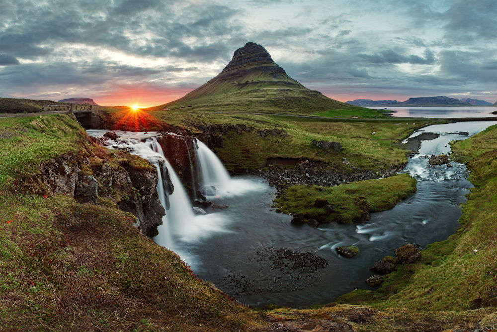 Planning a vacation in Iceland? Well, the Global Peace Index backs your plan!