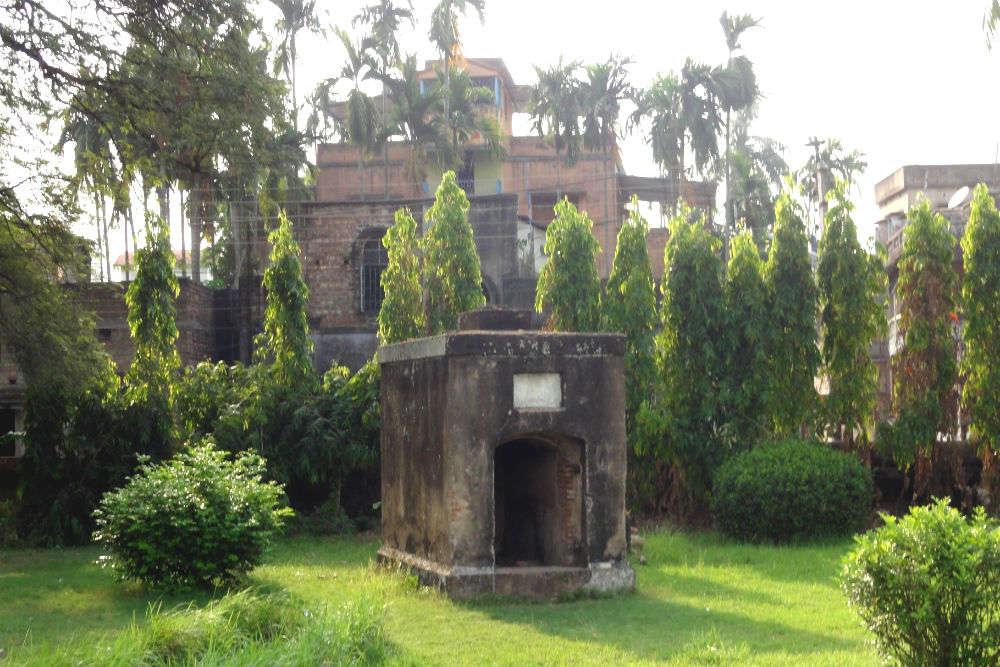 Chinsurah Dutch Cemetery