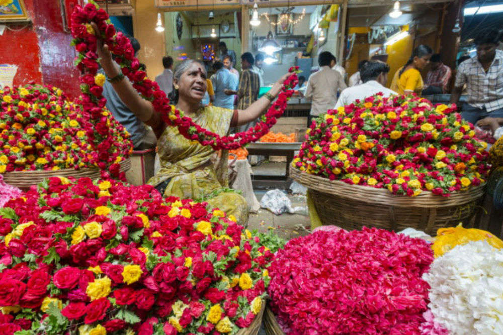 The gorgeous flower markets of India