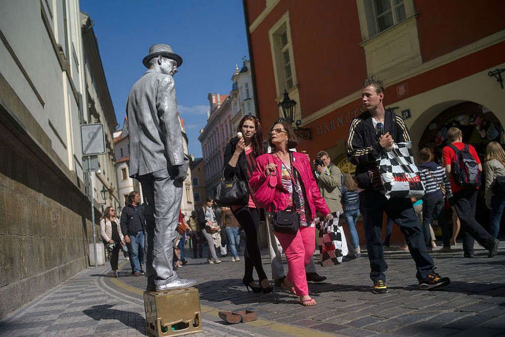 The living statue