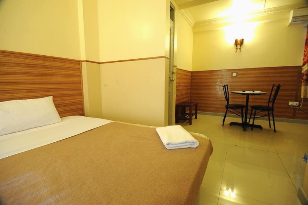 Luckyhiya Hotel