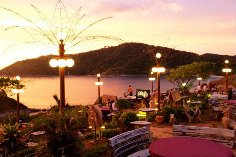 Promthep Cape Bar and Restaurant