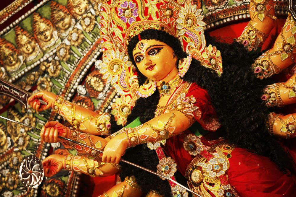 8 smashing aristocratic Kolkata pujas you shouldn't miss in 2016