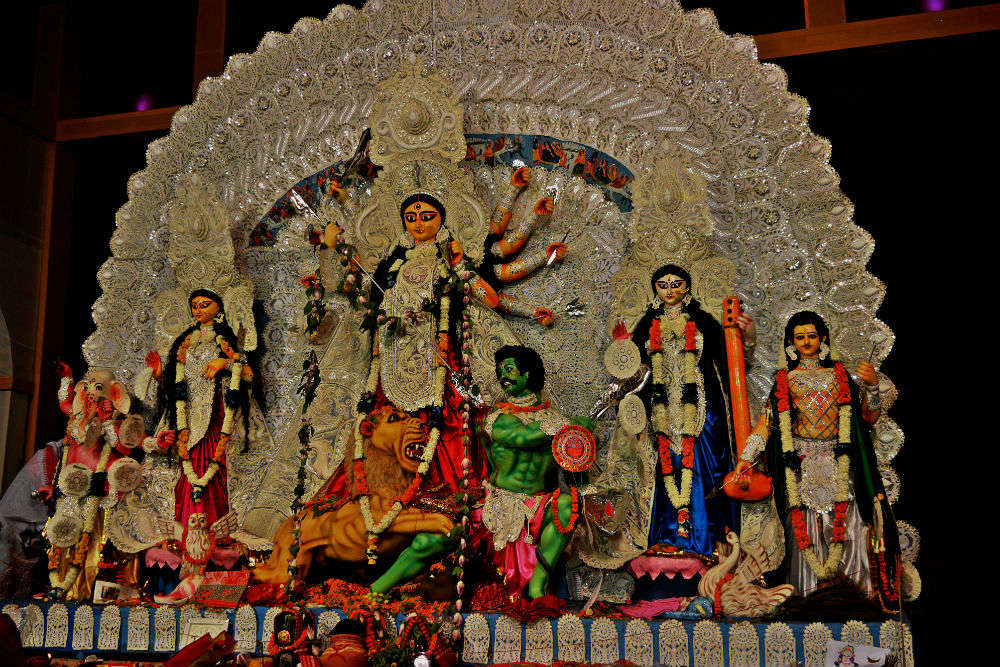 Have a glimpse of puja pandals in Bhubaneshwar