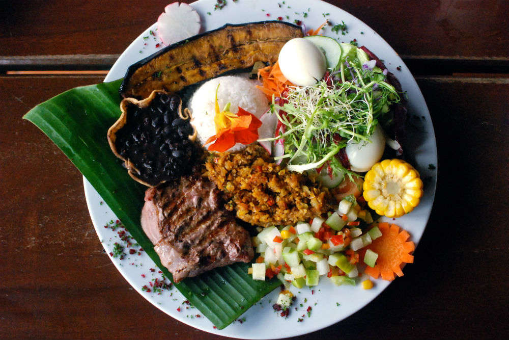 Costa Rican Food Guide – Eat like a local