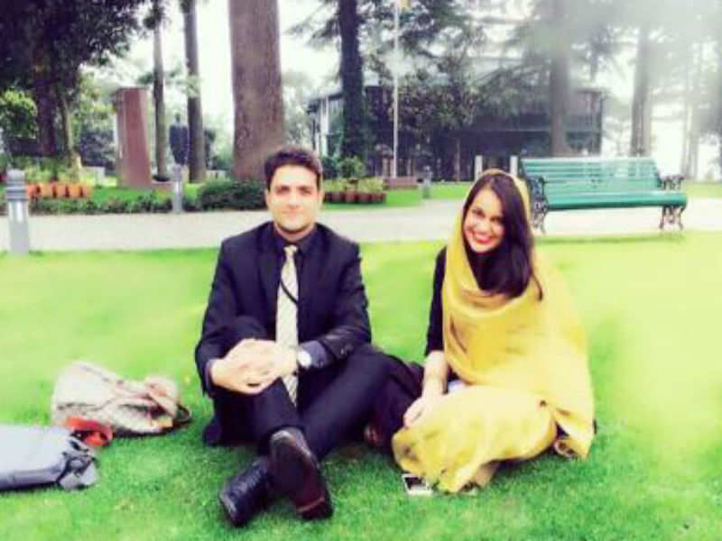 IAS toppers: 2015 IAS topper Tina Dabi to wed No 2 Athar