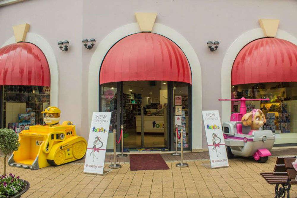 Valmontone Fashion Outlet