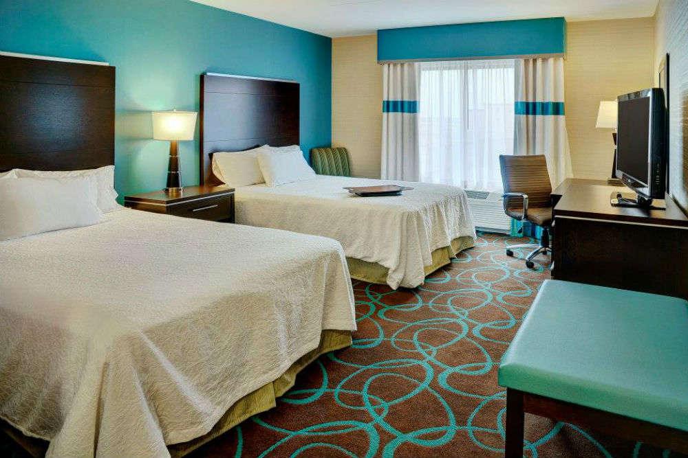 Soak in the comforts of luxury hotels in Winnipeg
