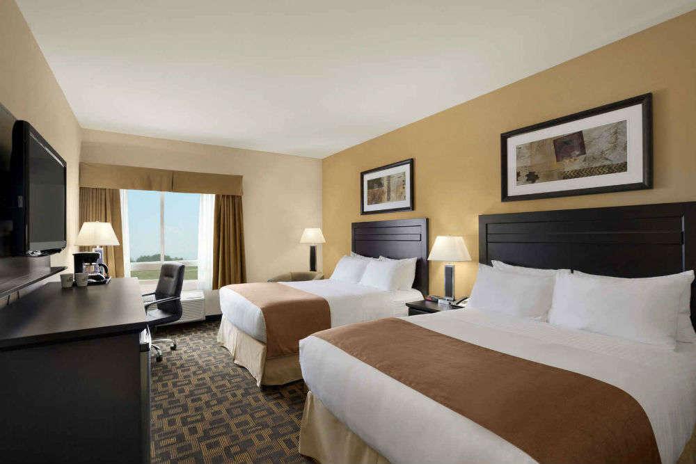 Go pocket-friendly in the budget hotels in Winnipeg