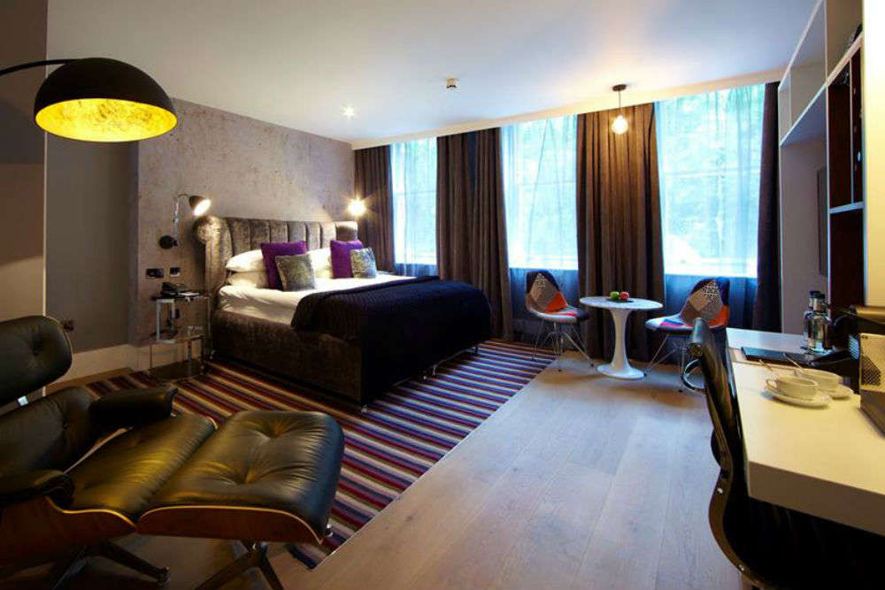 Your first-hand guide to 10 mid-range hotels in Glasgow