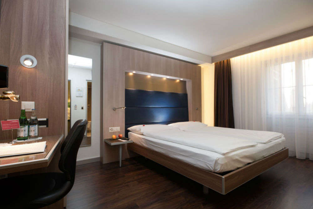 Save money, plan a perfect backpackers' with these budget hotels in Zurich