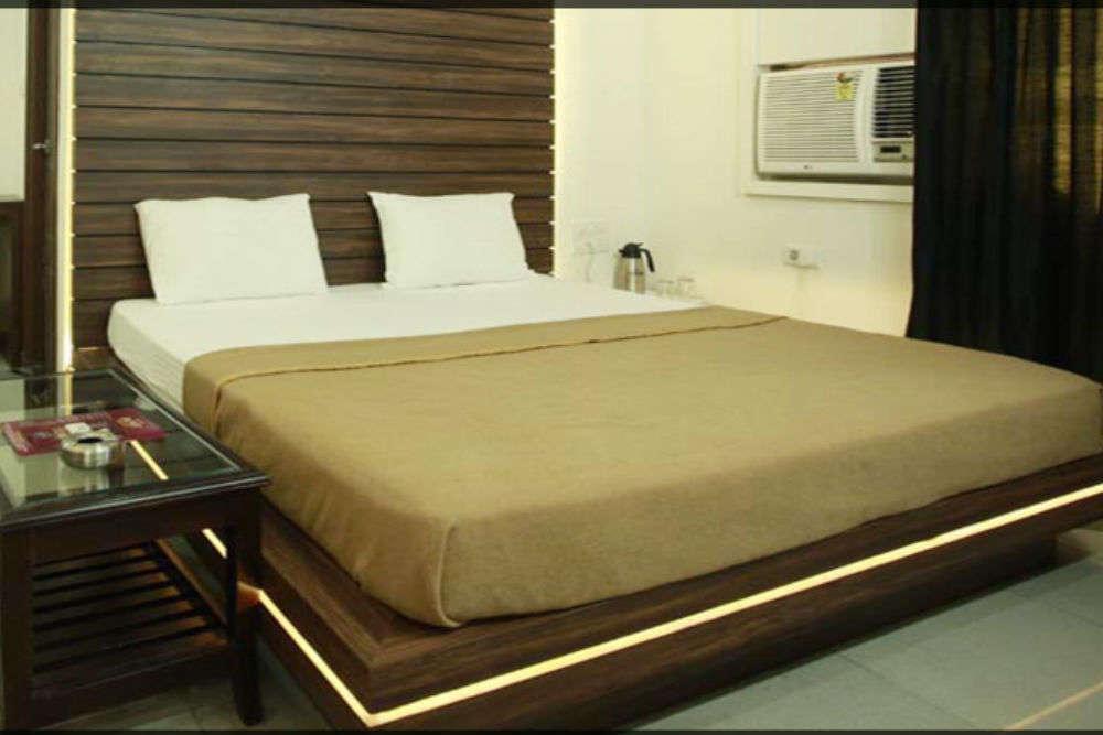 Hotel Mohit Regency