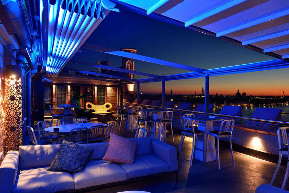 Best bars and nightclubs in Venice
