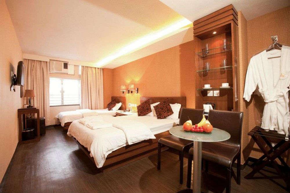 Sunny Day Hotel
